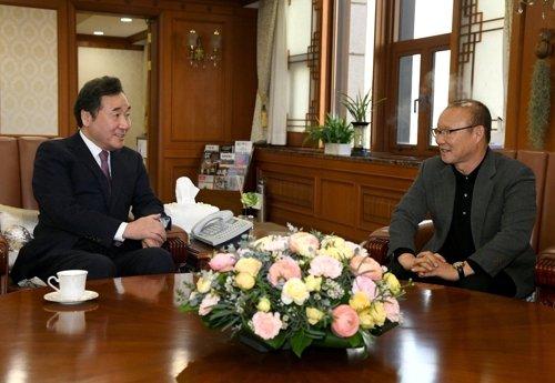 Thu tuong Han Quoc: HLV Park Hang Seo la cau noi manh nhat toi Viet Nam hinh anh 1
