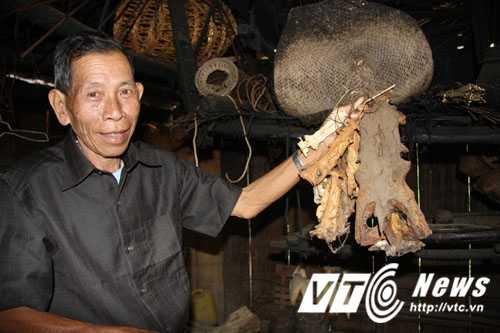 'Thuy quai' khong lo song Ma va chuyen tho san giu so thuy quai lam ky niem hinh anh 1