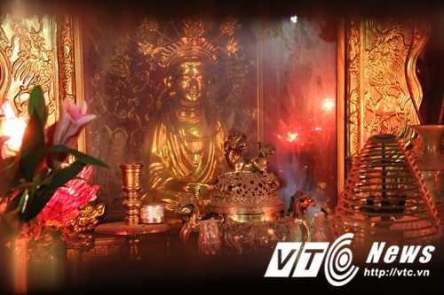 Vi sao hang van nguoi un un do ve den Ba Chua Kho vay von ao lam an? hinh anh 3