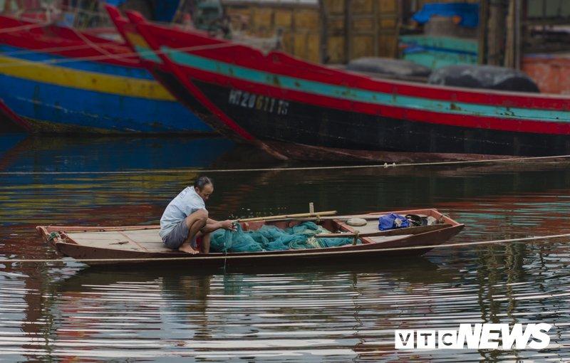 Ngac nhien ve nguoi Bo Lo o Viet Nam: Lung cong, co rut, chan ngan, tay dai... hinh anh 1