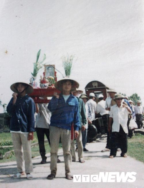 Ngoi nha chet choc bi an o Thai Binh: Dai tang trong le cung tram ngay hinh anh 4