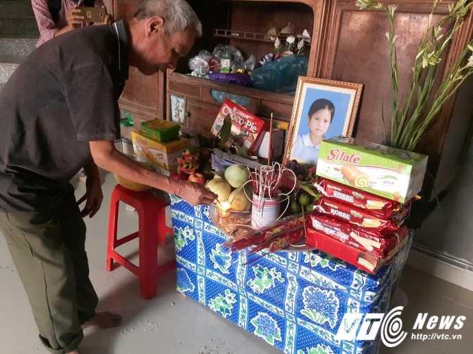 5 hoc sinh chet duoi o Bac Giang: Tieng khoc than vang khap xom ngheo trong dem hinh anh 3