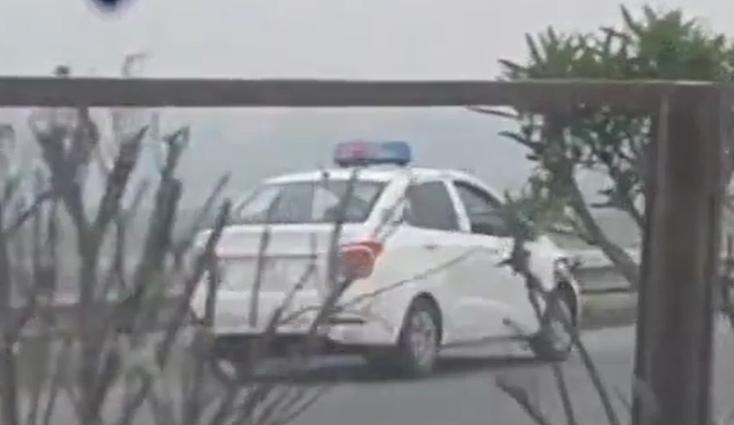 Truy tim taxi ngang nhien phong nguoc chieu tren cao toc Noi Bai - Bac Ninh hinh anh 1