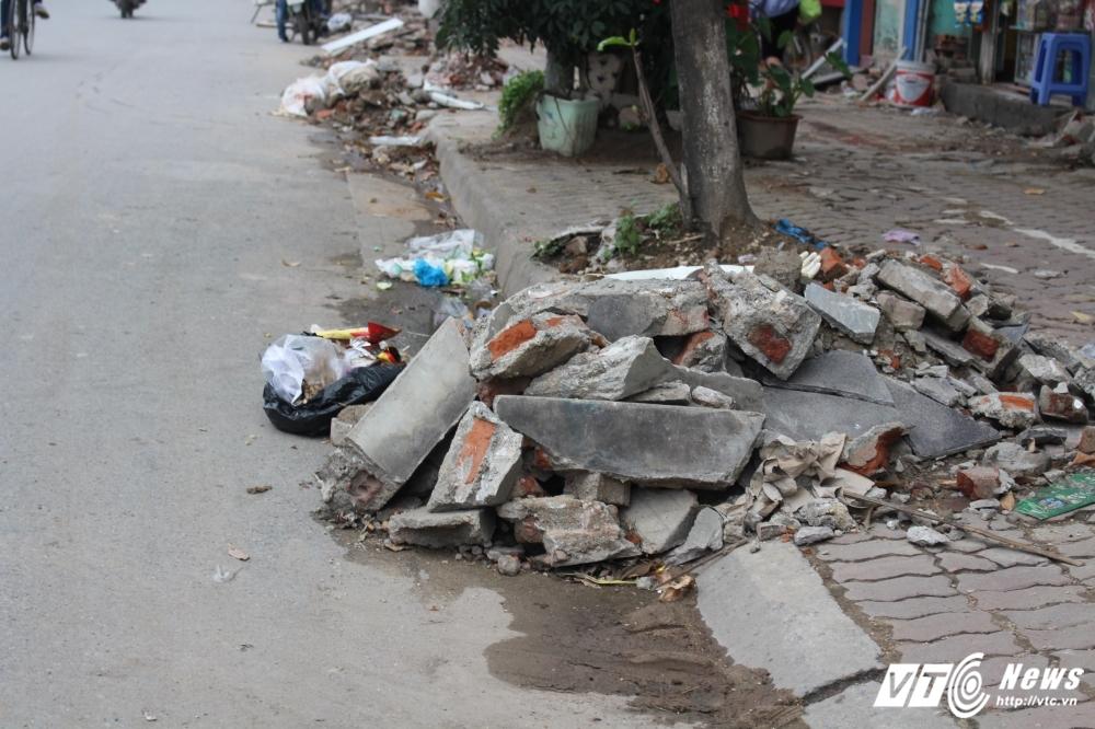 Dep 'cuop' via he: Hang tan phe thai xay dung 'giang bay' nguoi di duong hinh anh 8