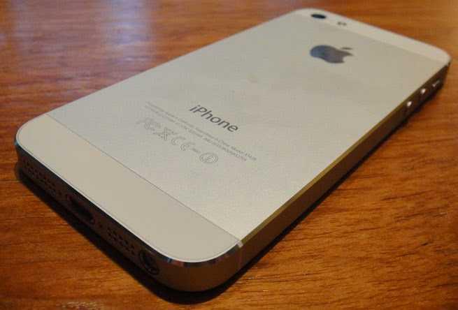 Cac mau iPhone lock giam gia khong phanh hinh anh 1