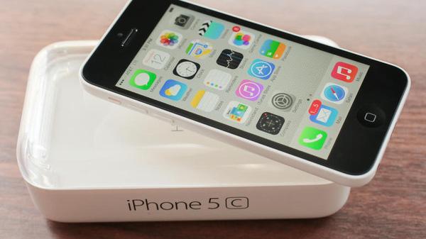 iPhone lock 95% gia sieu re do bo, khach hang de 'tien mat tat mang' hinh anh 3