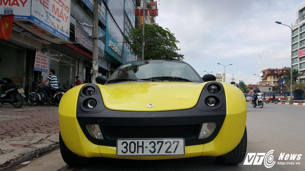 'Cua hiem' Smart Roadster gia 340 trieu dong: Ti hon nhu o to mo hinh hinh anh 2