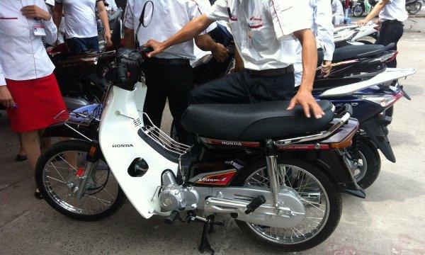 Loan gia xe Honda Dream Thai: '5 trieu cung duoc, 100 trieu cung co' hinh anh 3