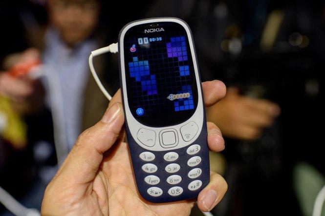 Chuan bi ban tai Viet Nam, Nokia 3310 da bi khach hang che toi ta hinh anh 1
