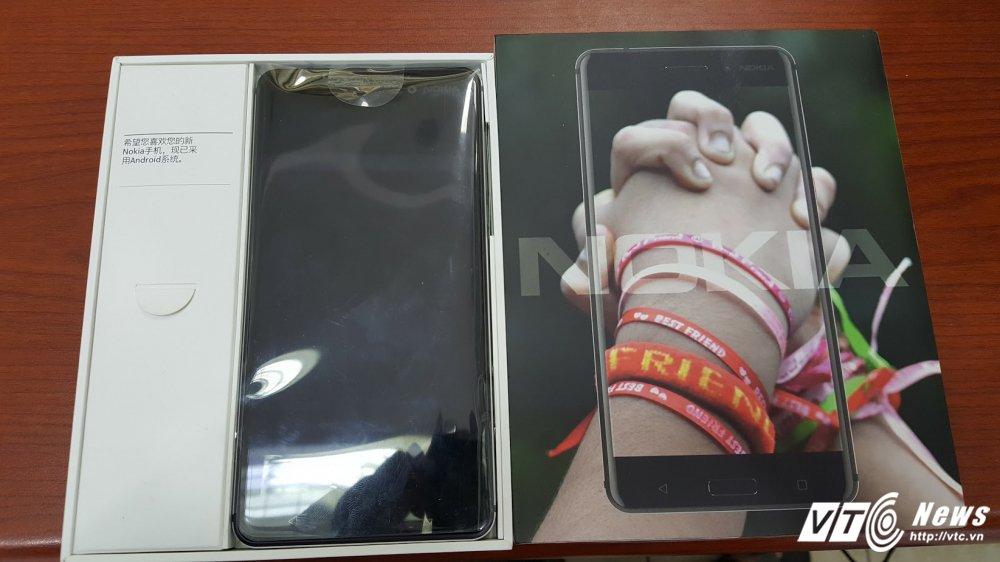Can canh Nokia 6 duoc ban chinh thuc tai Viet Nam gia 5,59 trieu dong hinh anh 1