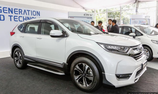 Honda gioi thieu CR-V 2017 co gia ban khoang 760 trieu dong hinh anh 3