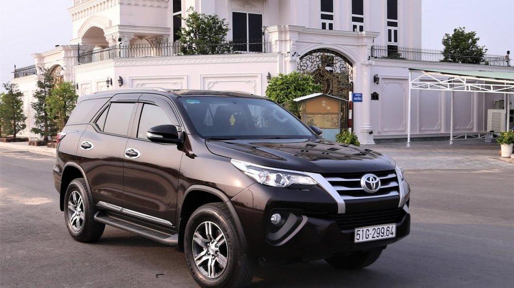 Toyota Fortuner lan dau tien giam gia, cao nhat len toi 25 trieu dong hinh anh 1