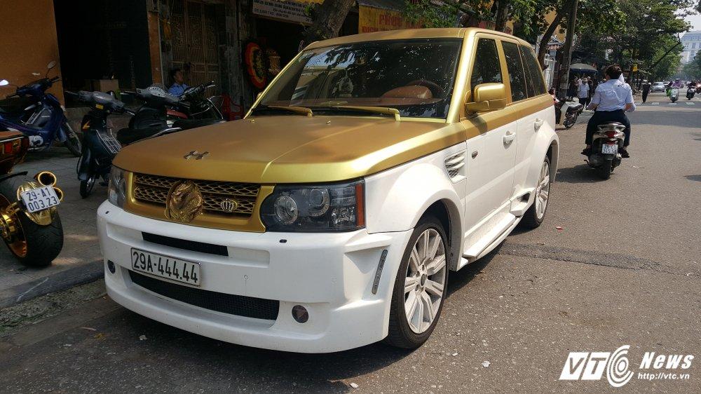 Can canh sieu xe Range Rover hinh rong bien 'ngu tu' o Ha Noi hinh anh 1