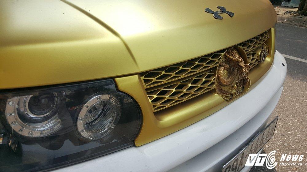 Can canh sieu xe Range Rover hinh rong bien 'ngu tu' o Ha Noi hinh anh 4