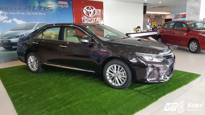 Toyota thong bao gia moi nam 2018 hinh anh 2