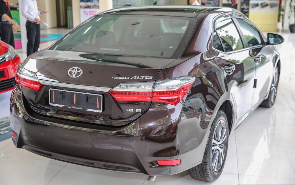 Toyota thong bao gia moi nam 2018 hinh anh 1