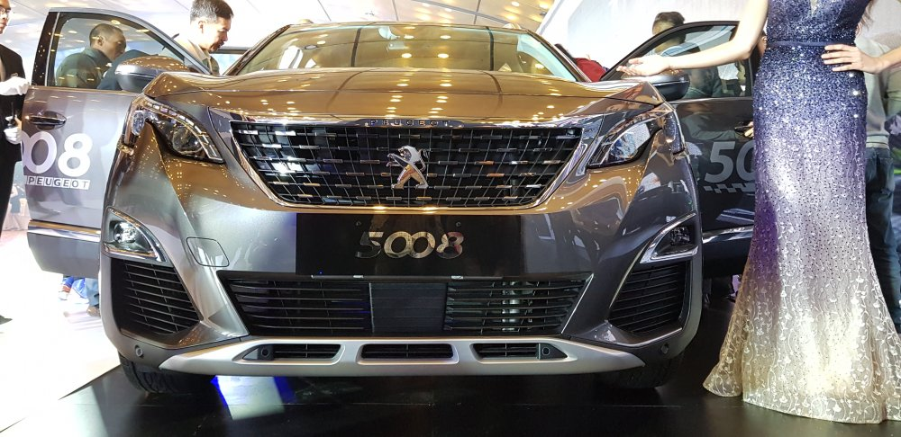 Can canh mau SUV 7 cho 'sang chanh' Peugeot 5008 gia 1,389 ty dong hinh anh 3
