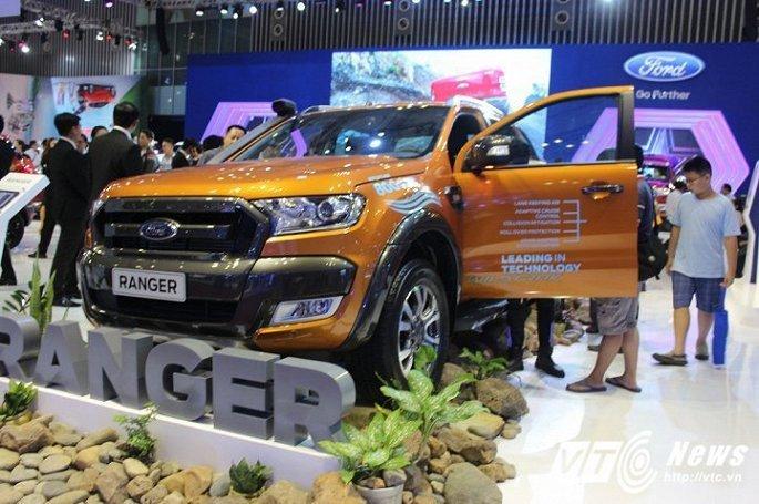 Toyota Fortuner bat ngo e am, 'bay' khoi top 10 mau xe ban chay nhat Viet Nam hinh anh 3