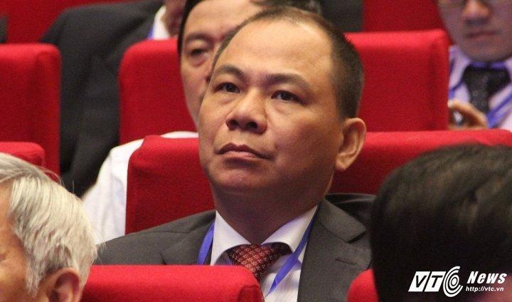 Tai san tang sieu toc, ty phu Pham Nhat Vuong tro thanh hien tuong nam 2017 hinh anh 1
