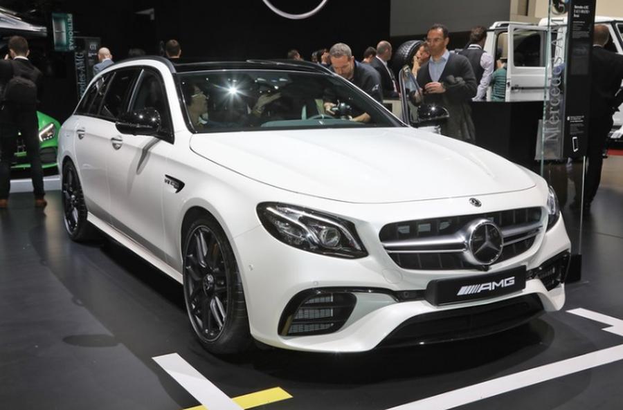 Vuot mat hang loat ten tuoi, Mercedes-Benz vung ngoi so 1 xe sang the gioi hinh anh 1