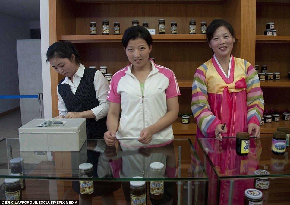 Trieu Tien co cua hang online dau tien hinh anh 1