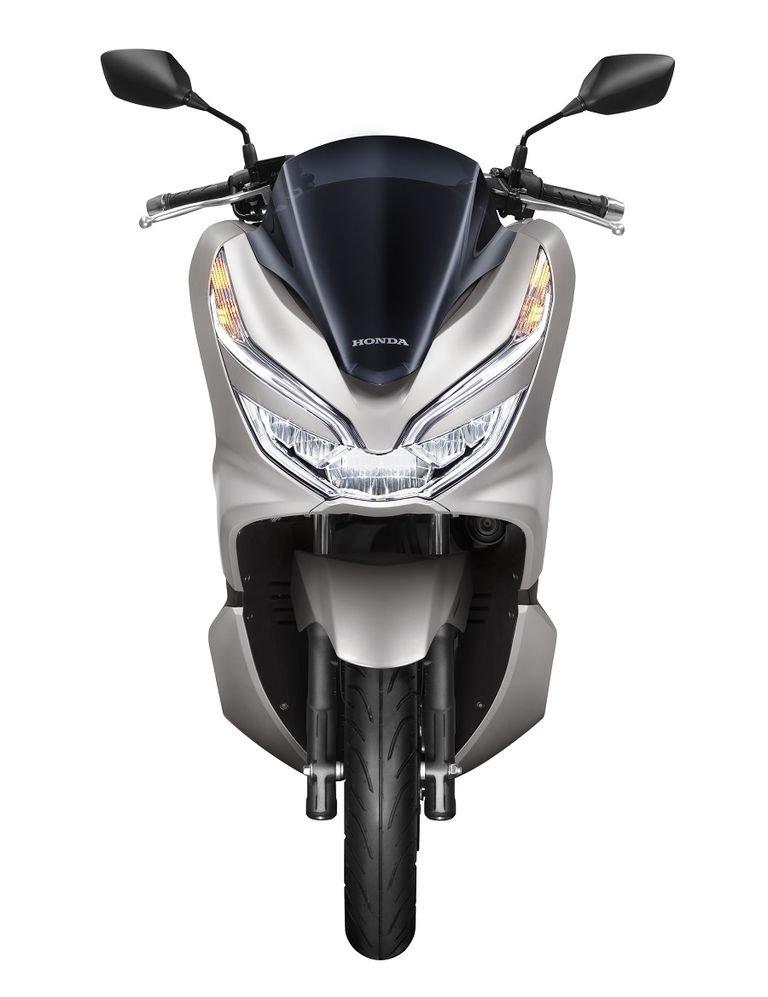 Honda ra mat PCX 150 moi gia ban 70,5 trieu dong, dat hon phien ban cu 14 trieu dong hinh anh 4