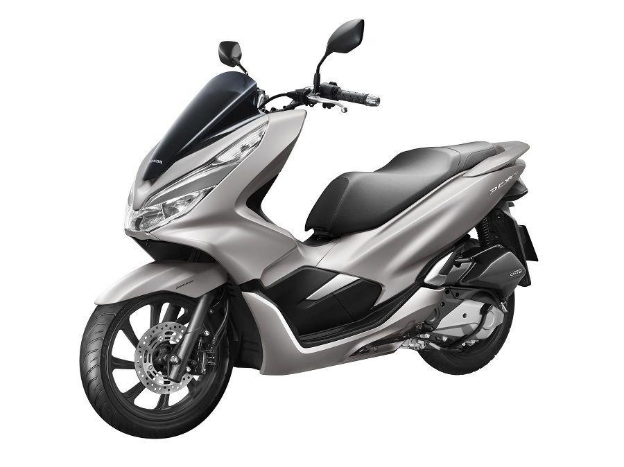 Honda ra mat PCX 150 moi gia ban 70,5 trieu dong, dat hon phien ban cu 14 trieu dong hinh anh 2