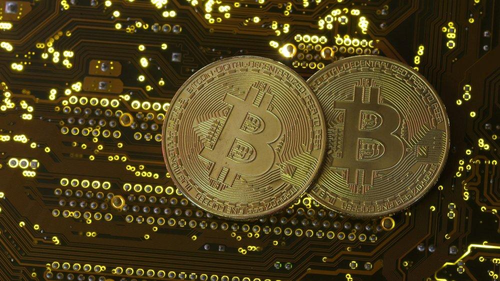 Gia Bitcoin hom nay 28/1: Tin tac tan cong, thi truong chao dao hinh anh 1