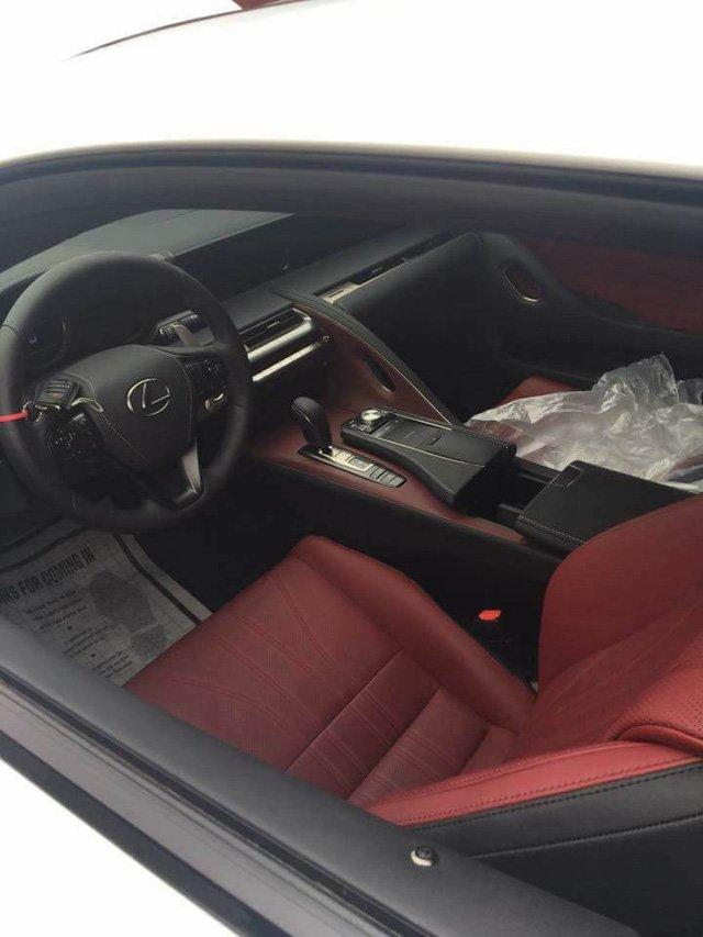 Lexus LC 500h thu hai xuat hien tai Viet Nam, gia ban len toi 5 ty dong hinh anh 5