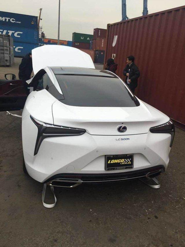 Lexus LC 500h thu hai xuat hien tai Viet Nam, gia ban len toi 5 ty dong hinh anh 4
