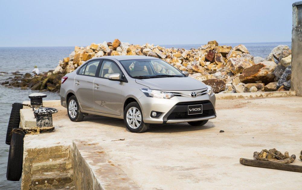 Toyota Viẹt Nam chỉ bán duọc 4 chiéc o to nhạp khảu trong tháng 4/2018 hinh anh 1