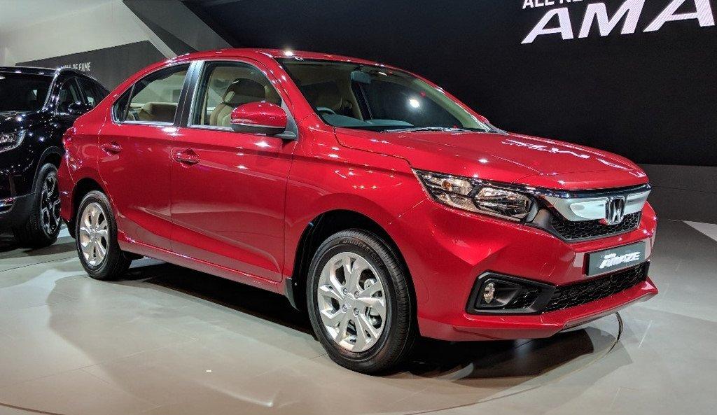 Honda ra mat mau xe gia re Amaze, 'tuyen chien' voi Hyundai Grand i10 hinh anh 1