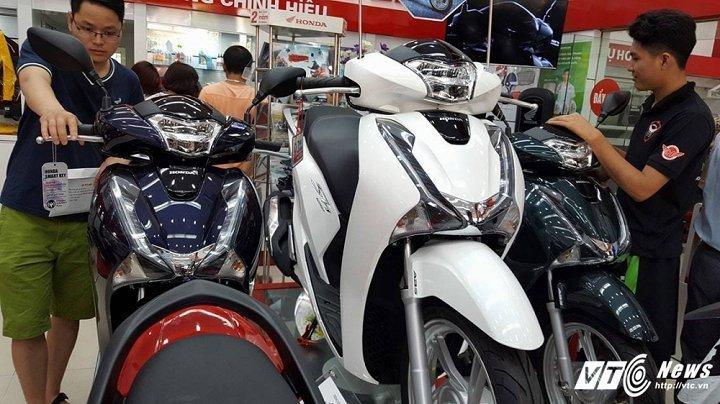 Honda SH dat ky luc, don them 24 trieu dong dip can Tet Nguyen dan hinh anh 1