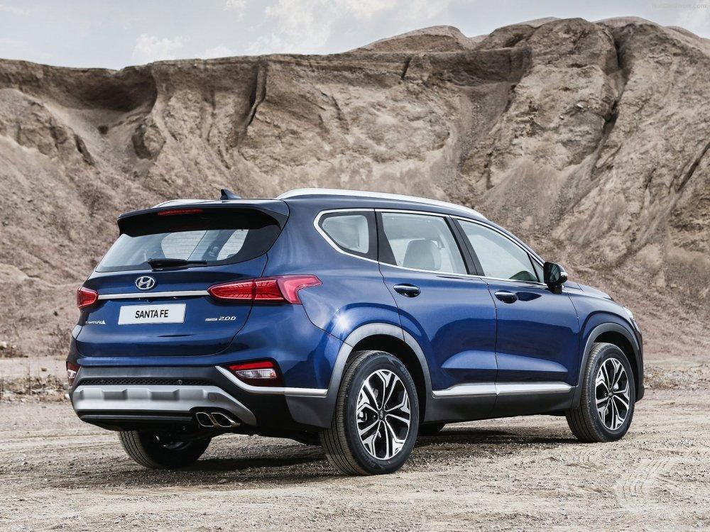 Hyundai ra mat o to Santa Fe 2019, gia re bat ngo chi 592 trieu dong hinh anh 3