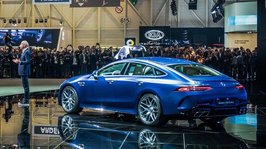 Chiem nguong ve dep kho cuong cua Mercedes-Benz AMG GT 4-Door Coupe 2019 hinh anh 3