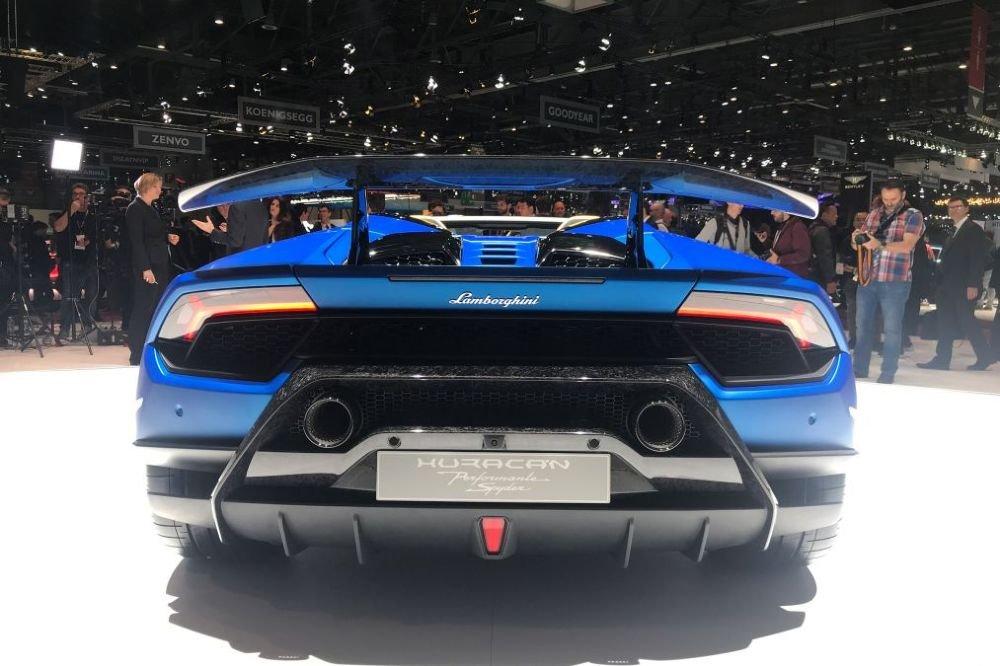 Lamborghini Huracan Performante Spyder 'sieu dep, sieu sang' ra mat, gia ban 6,2 ty dong hinh anh 3