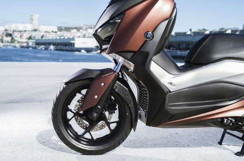 Can canh mau xe tay ga 'sieu chat' Yamaha XMax 2508, gia 130 trieu dong hinh anh 2