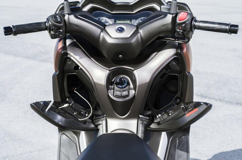 Can canh mau xe tay ga 'sieu chat' Yamaha XMax 2508, gia 130 trieu dong hinh anh 3