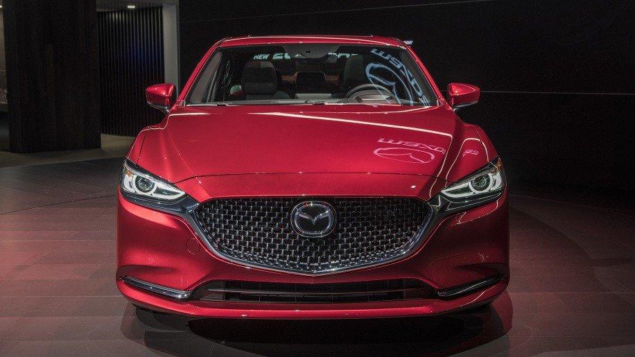 Bat ngo voi gia ban cua Mazda6 2018, gia khoi diem tu 499 trieu dong hinh anh 2