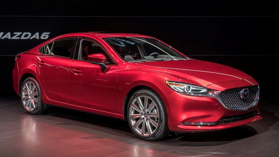 Bat ngo voi gia ban cua Mazda6 2018, gia khoi diem tu 499 trieu dong hinh anh 1