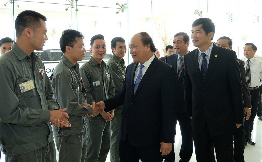 Thu tuong: Chinh phu doi xu binh dang voi cac nha san xuat, lap rap o to hinh anh 3
