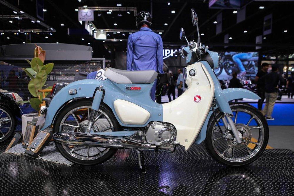 Choang voi Honda Super Cub C125, gia ban 66,1 trieu dong hinh anh 1