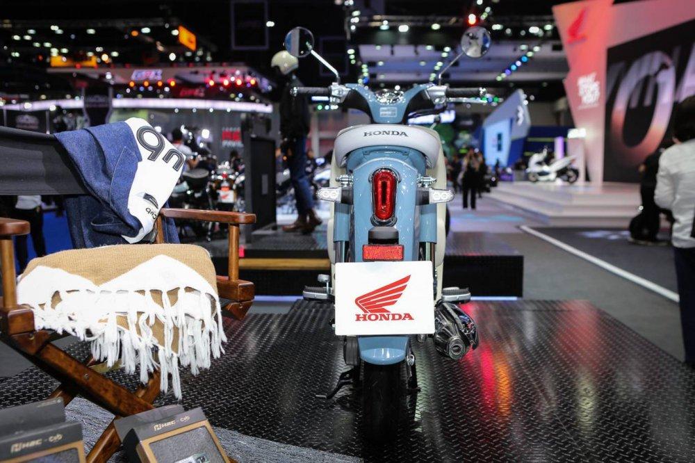 Choang voi Honda Super Cub C125, gia ban 66,1 trieu dong hinh anh 4