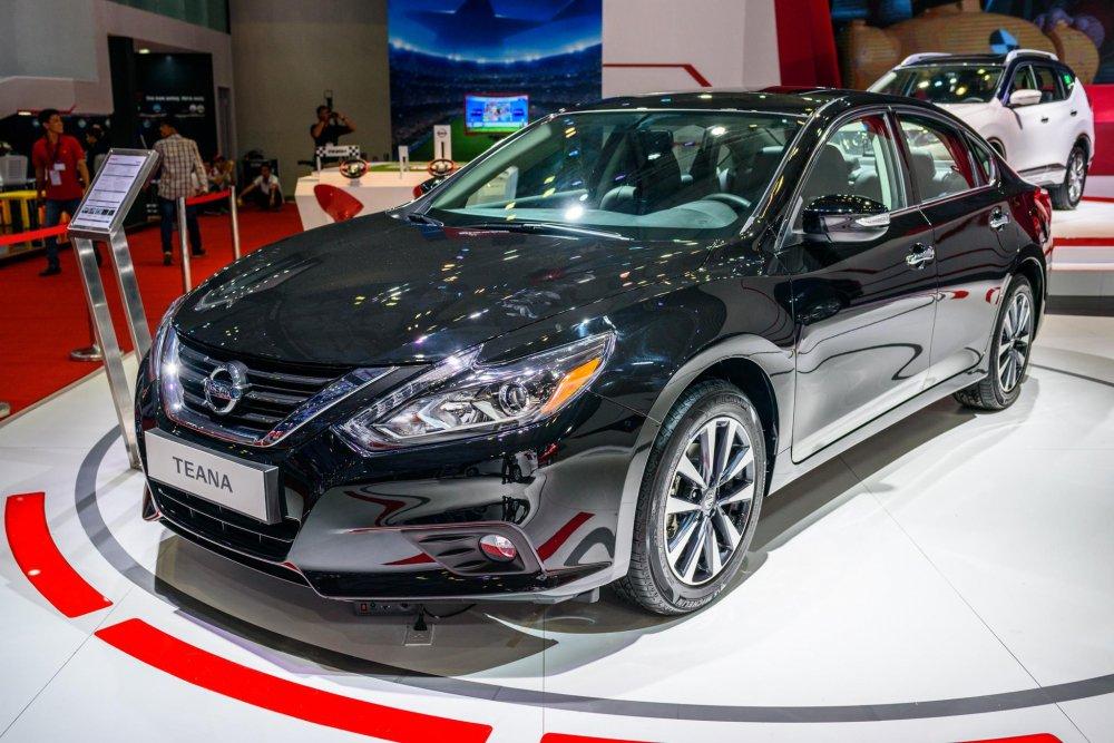 Bảng giá o to tháng 4/2018: Nissan choi ngong, giảm 'sóc' 295 triẹu dòng dói vói mãu xe 'é' Teana hinh anh 2