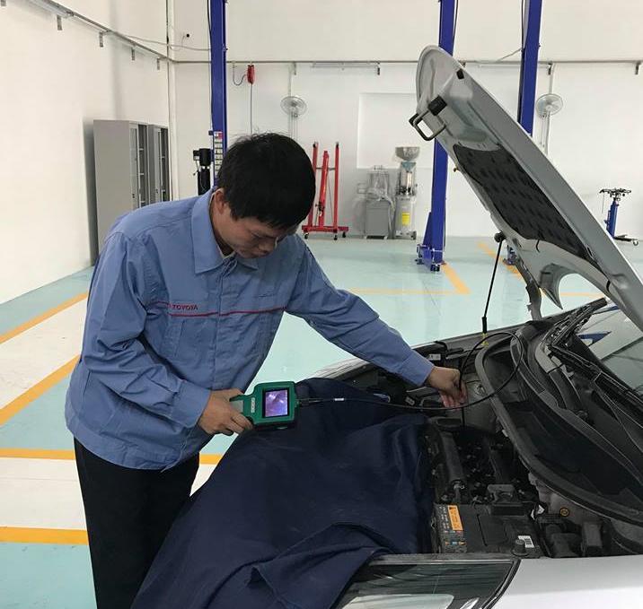 Garage o to cua 'nguoi hung' ky su Le Van Tạch tung mot minh chong lai Toyota chính thúc hoạt dọng hinh anh 3