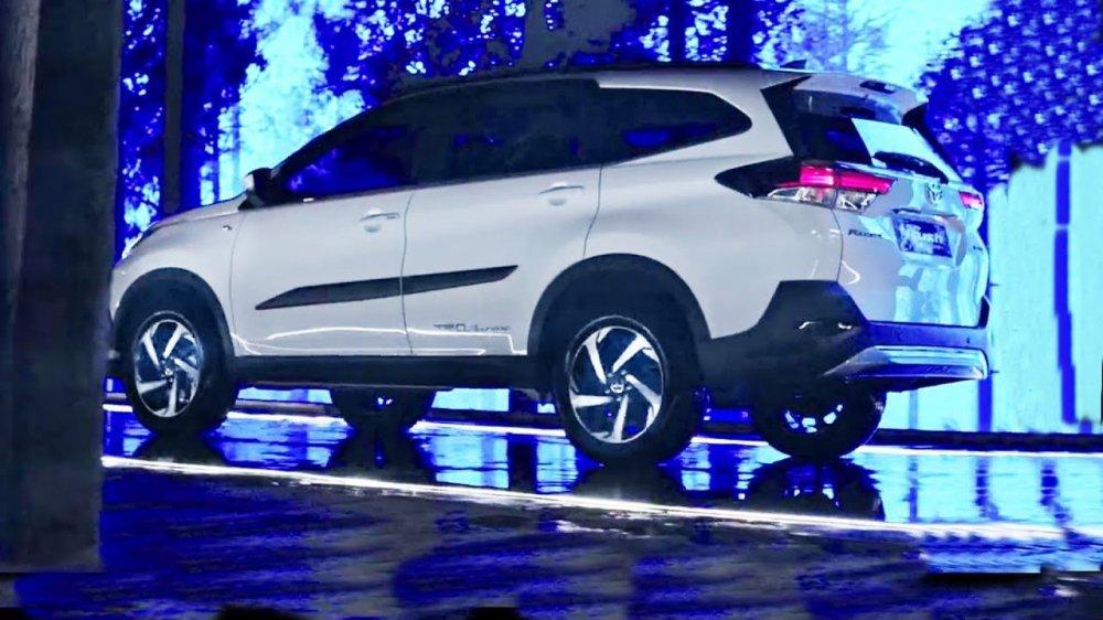 Toyota Rush 2018 chuản bị vè Viẹt Nam, giá rẻ tù 350 triẹu dòng? hinh anh 2