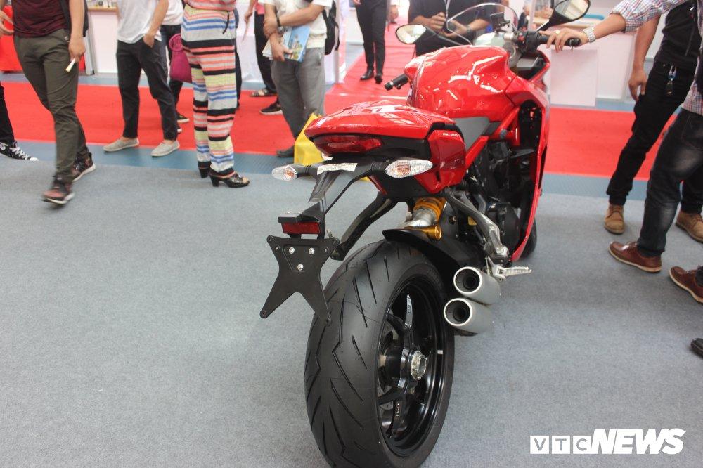 Can canh nhung mau xe sieu dat cua Ducati chi danh cho nhung 'co chieu, cau am' hinh anh 3