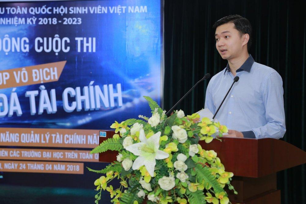 Sinh vien tham gia 'Bong da tai chinh online' gianh giai thuong 39 trieu dong hinh anh 2