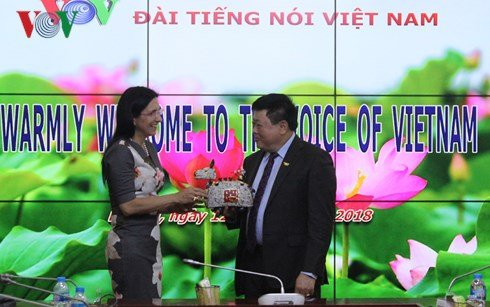 Tong Giam doc VOV Nguyen The Ky tiep Doan can bo cap cao Tap doan DELL hinh anh 4