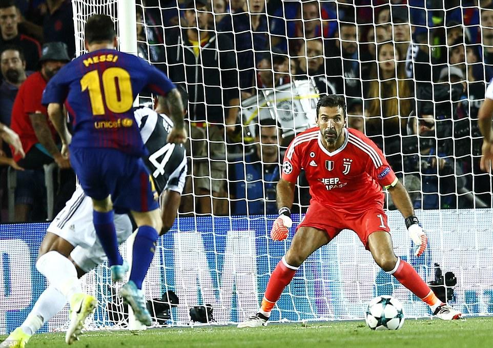 Ket qua Champions League: 'Sieu' Messi toa sang, Barca nhan chim Juventus hinh anh 2